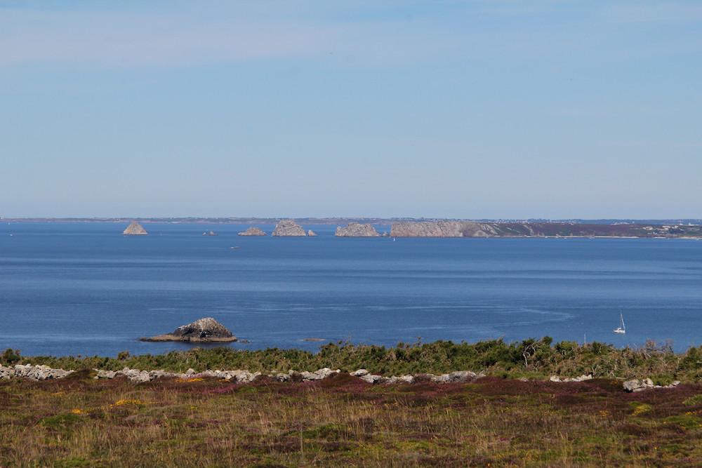 Morgat presqu'île de Crozon, Vue sur les Tas de Pois