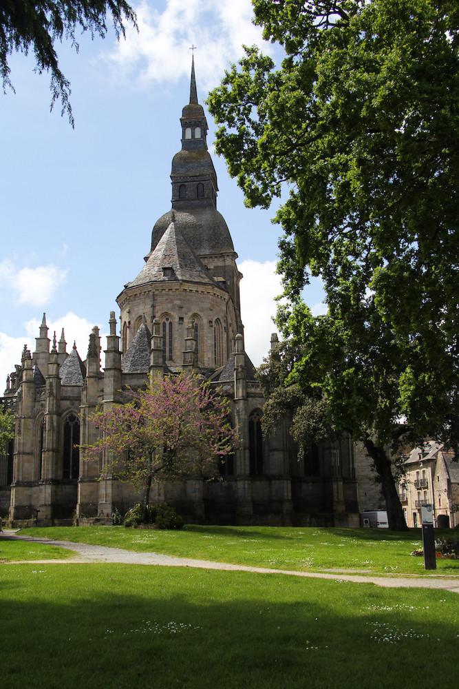 La Basilique Saint-Sauveur