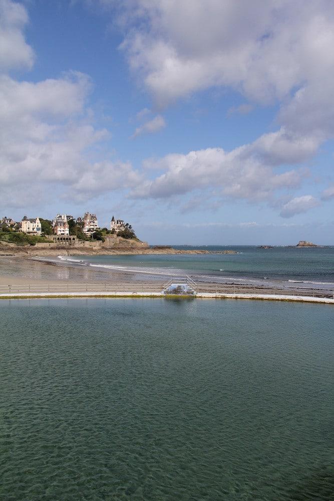 Piscine d'eau de mer de Dinard (Plage de l'Ecluse)