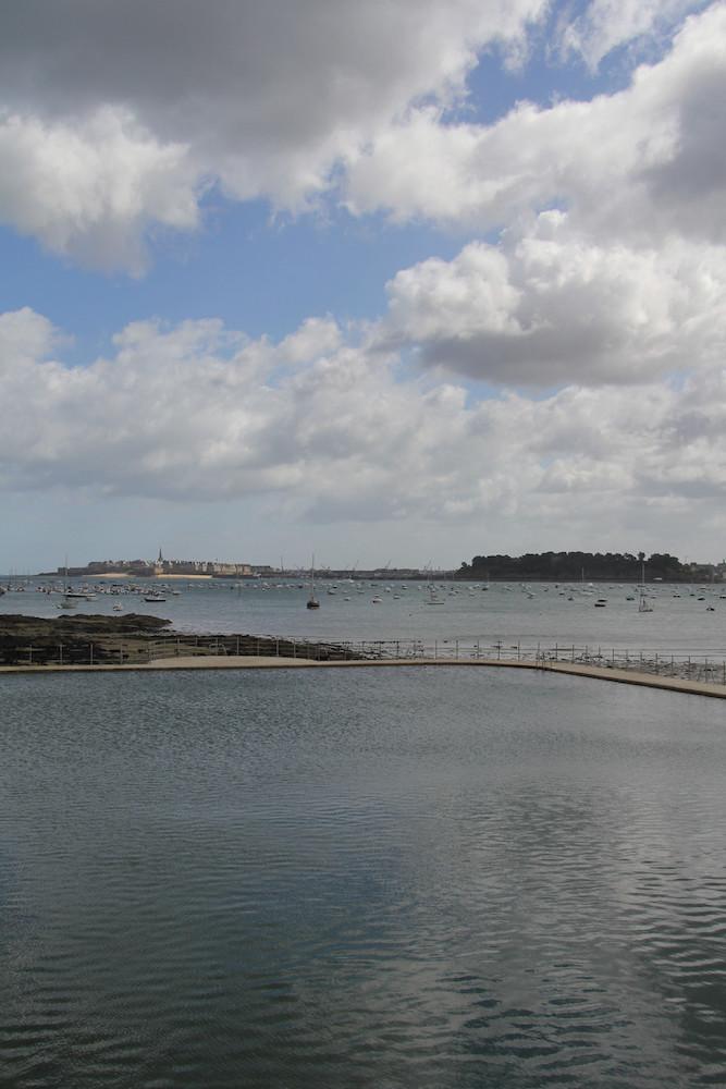 La piscine de la plage du Prieuré