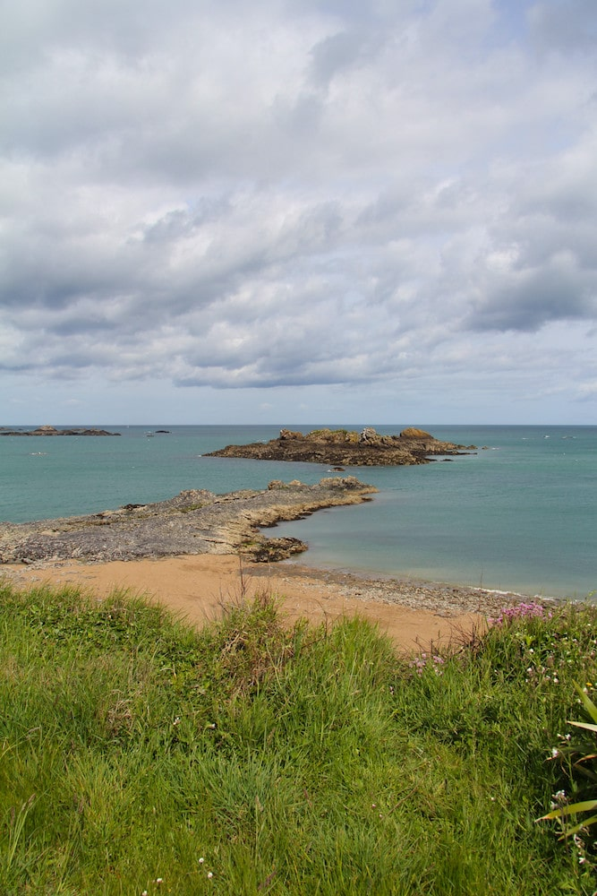 Le sentier côtier à Rothéneuf